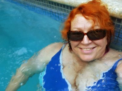 Grete in the Pool 1