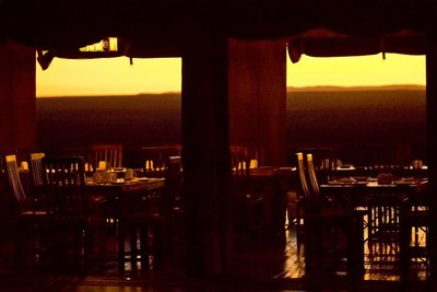 Kubu Kubu Lodge Breakfast Tables 1