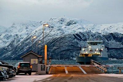 Svensby - Breivikeidet Ferry 2