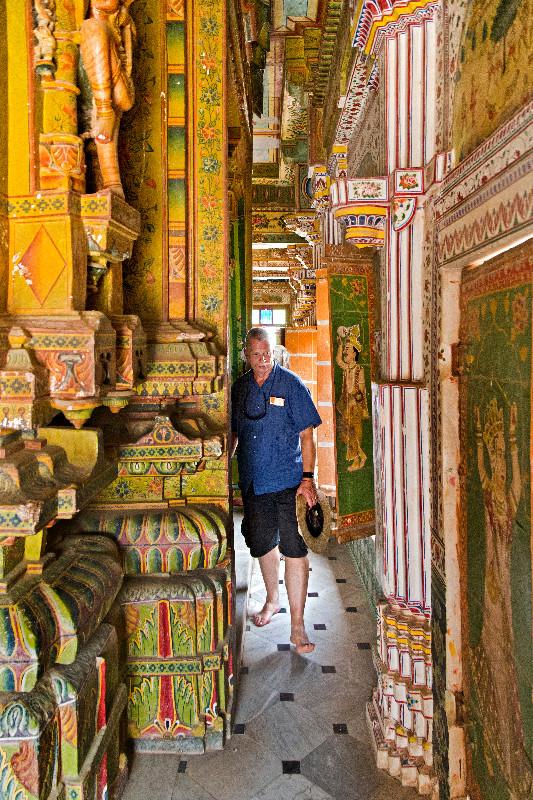 large_Bhandasar_Jain_Temple_13.jpg
