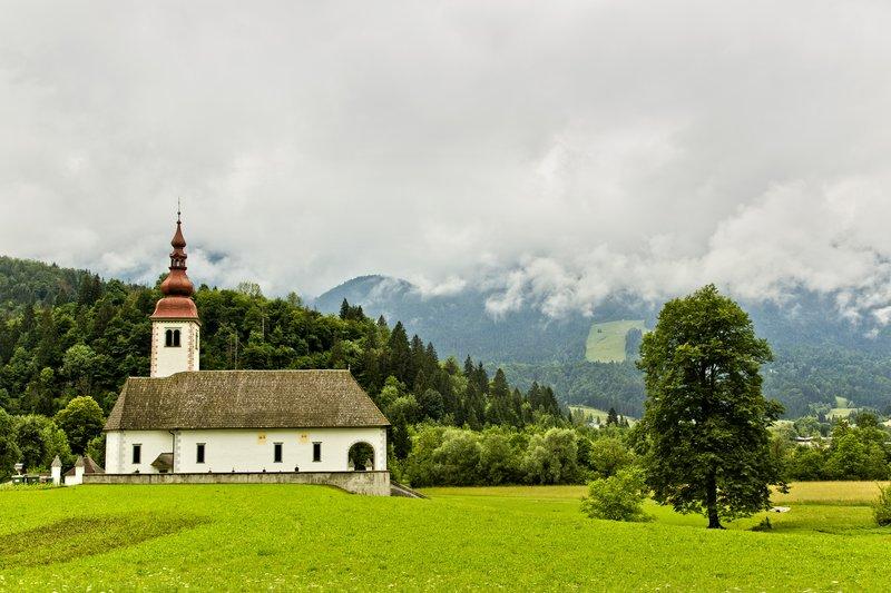 large_Bitjne_Church_1.jpg