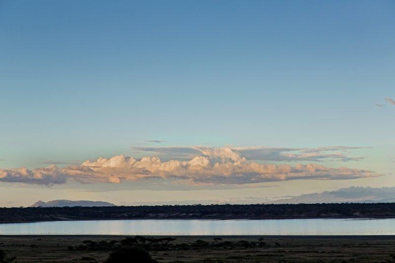 large_Blue_Skies_over_Ndutu_1.jpg