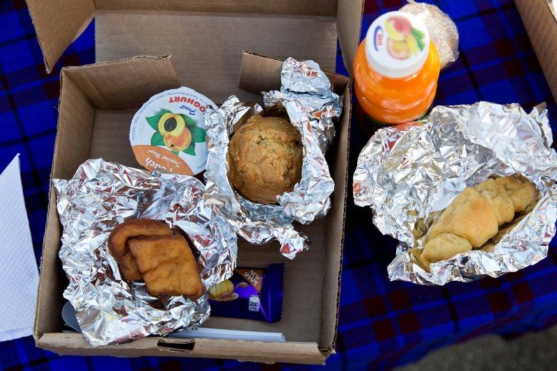 large_Breakfast_.._Airstrip_1.jpg