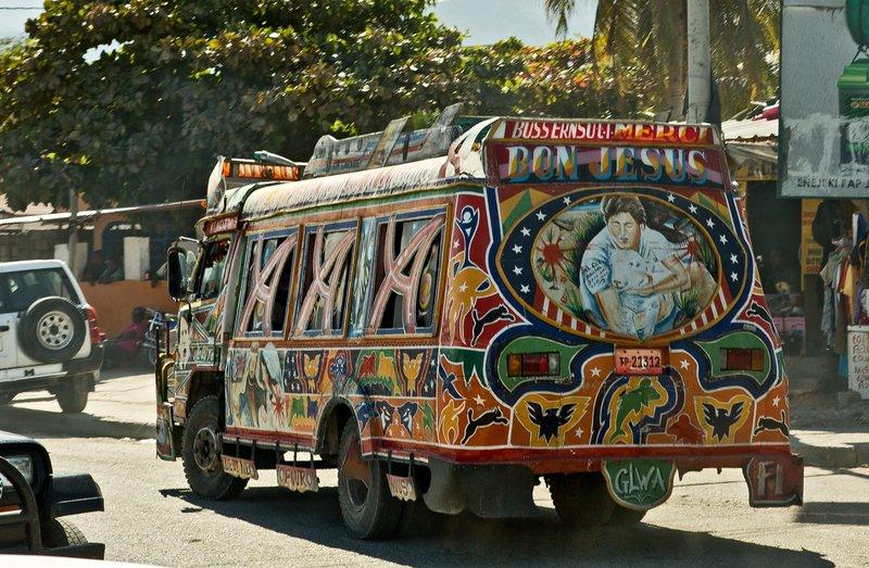 large_Bus_24.jpg