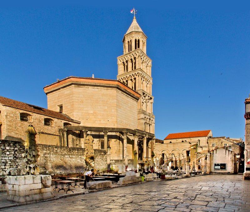 large_Cathedral_.._Domnius_11.jpg