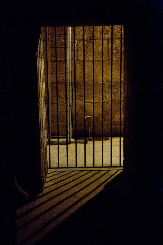 large_Cellars_of.._s_palace_3.jpg