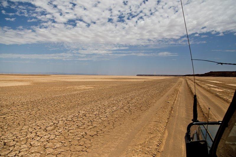 large_Chalbi_Desert_103.jpg