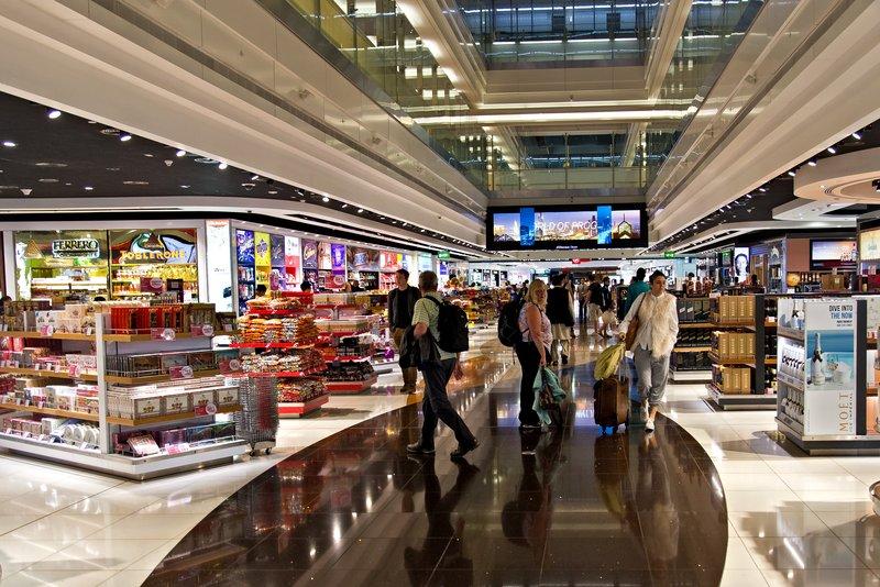 large_Dubai_Airport_Shopping_1.jpg