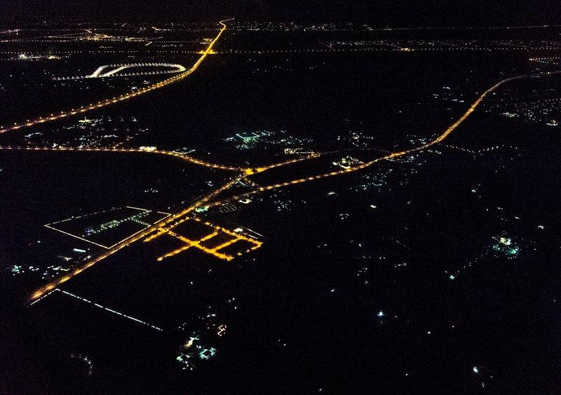 large_Dubai_by_N..he_Air_14-2.jpg