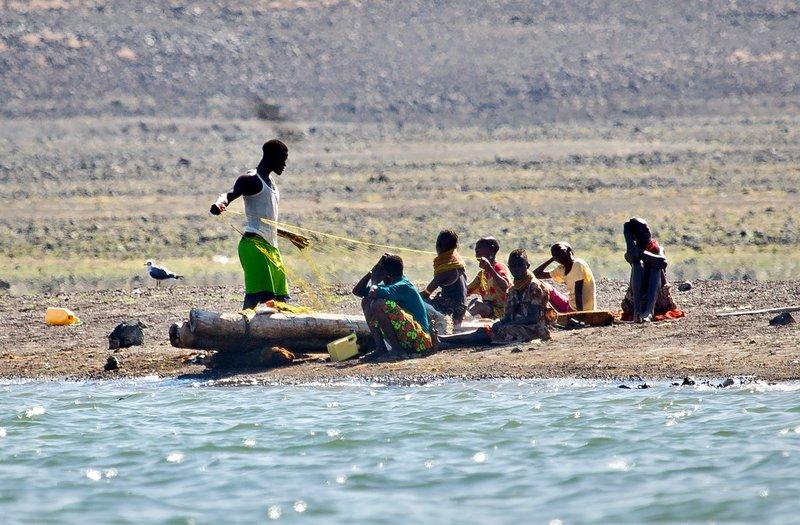 large_El_Molo_Vi..Fishermen_2.jpg