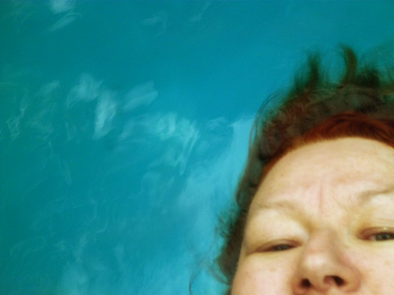 large_Grete_under_Water_3.jpg