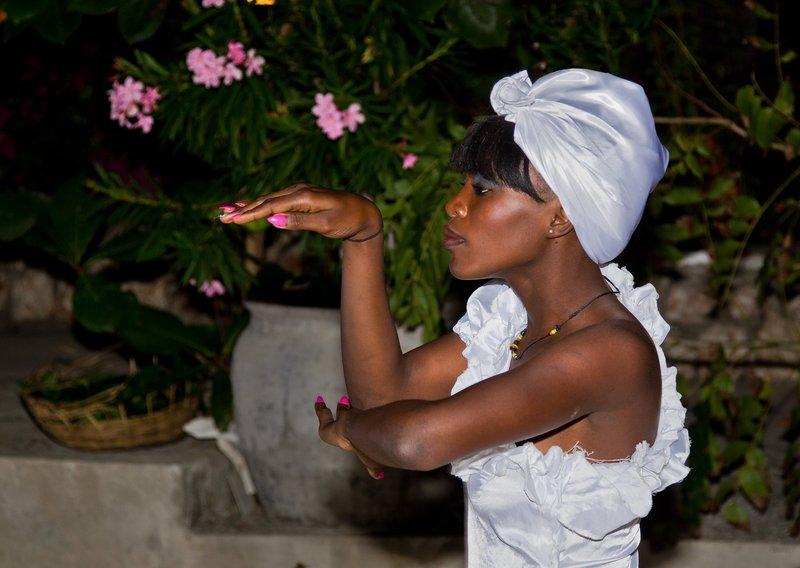 large_Haitian_Fo.._Dancing_15.jpg
