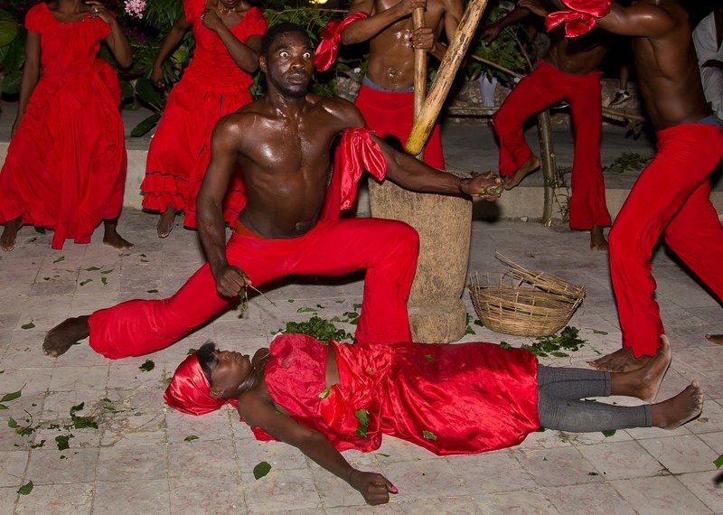 large_Haitian_Fo.._Dancing_43.jpg