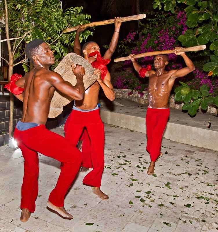 large_Haitian_Fo.._Dancing_47.jpg