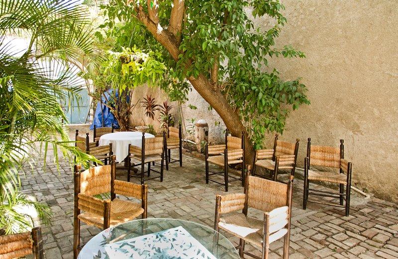 large_Hotel_Florita_3.jpg