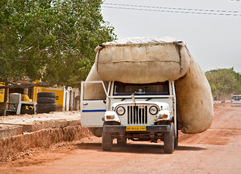 large_Jeep_1.jpg