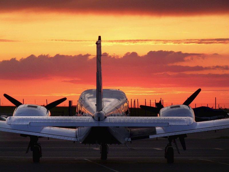 large_Jetting_Off.jpg
