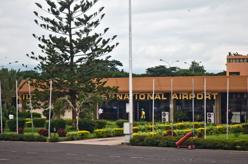 large_Kilimanjar..l_Airport_1.jpg