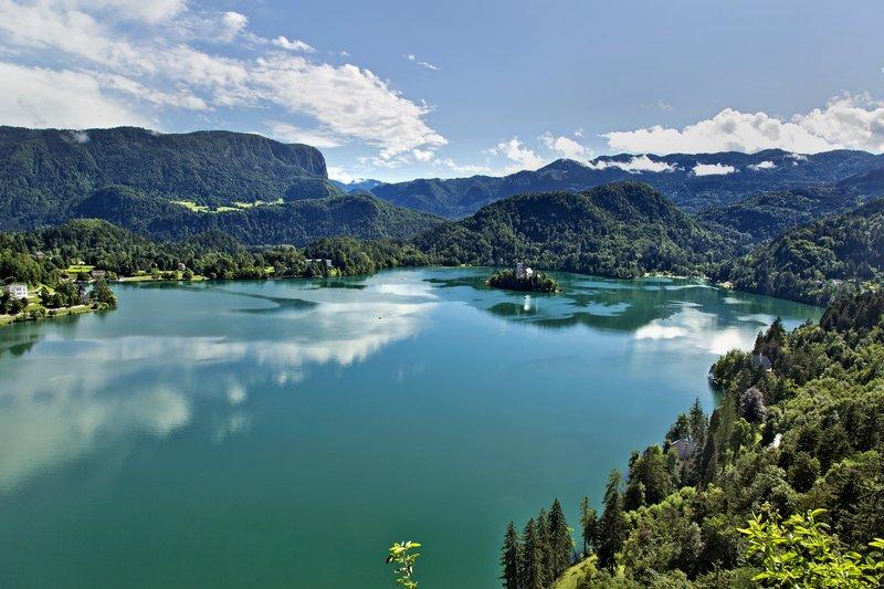 large_Lake_Bled_..e_Castle_11.jpg