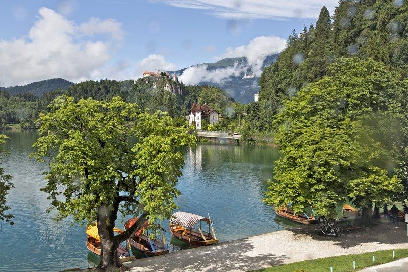 large_Lake_Bled_51.jpg