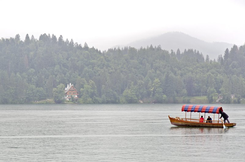 large_Lake_Bled_6.jpg