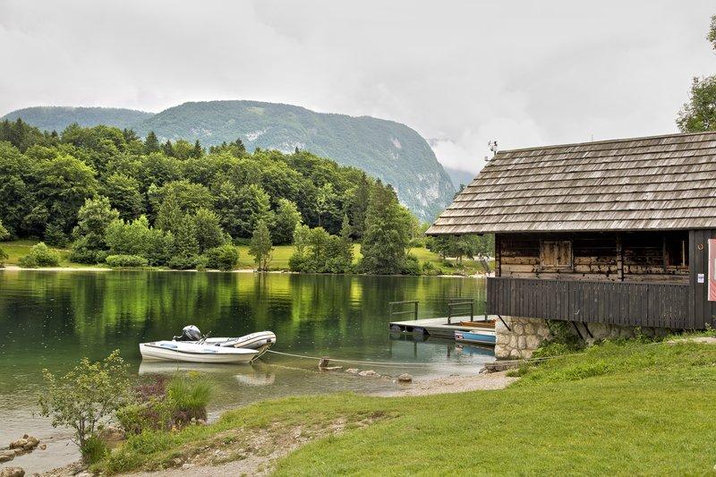 large_Lake_Bohinj_5.jpg