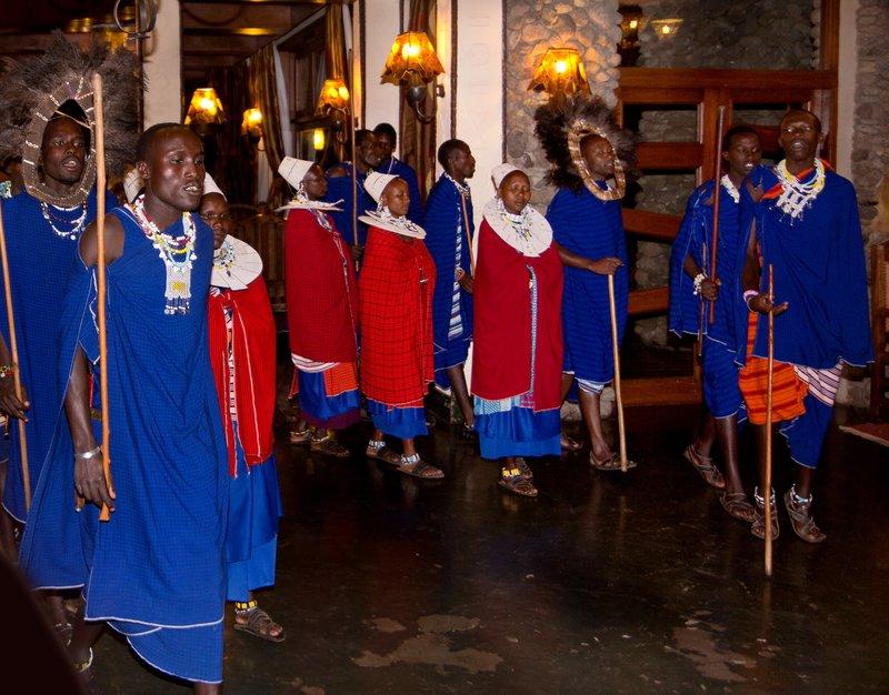 large_Maasai_Dancing_3.jpg