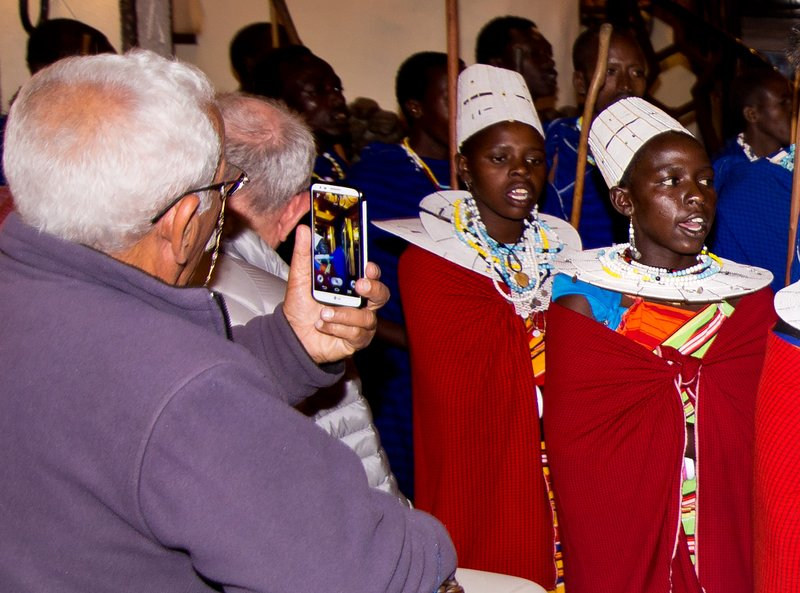 large_Maasai_Dancing_6.jpg
