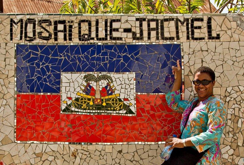 large_Mosaique_Jacmel_3.jpg