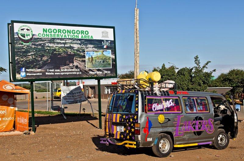 large_Ngorongoro..Area_sign_1.jpg
