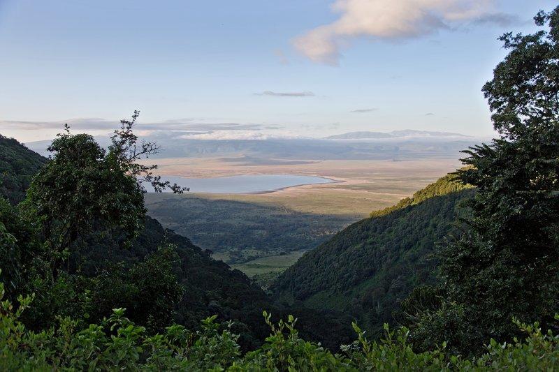 large_Ngorongoro..Exit_Road_1.jpg