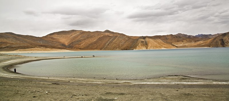 large_Pangong_Lake_5.jpg