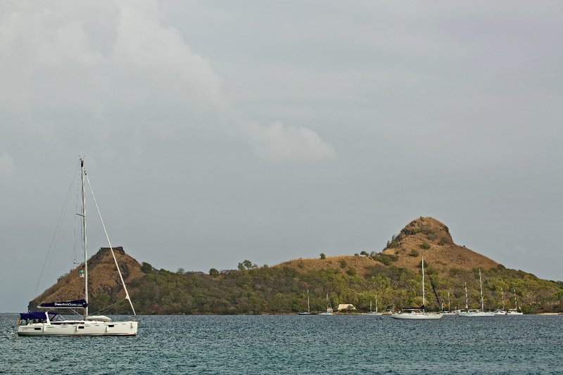 large_Pigeon_Isl.._the_Boat_1.jpg