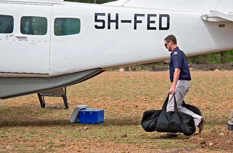 large_Pilot_Carr..__Luggage_1.jpg