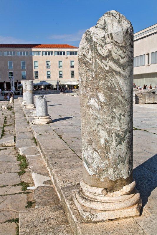 large_Roman_Forum_1.jpg