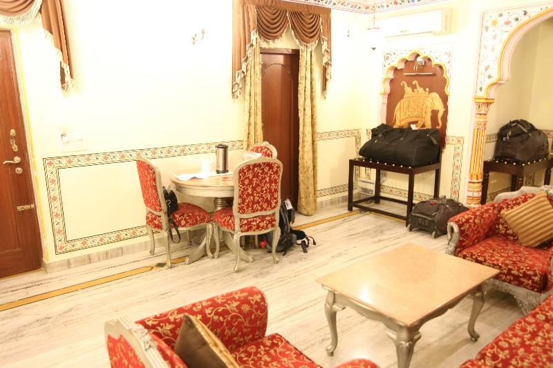 large_Room_2.jpg