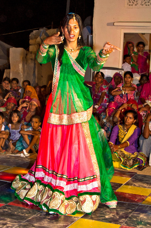 large_Sangeet_4.jpg