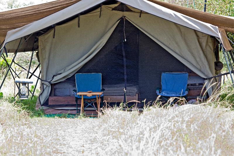 large_Serengeti_..ile_Camp_13.jpg