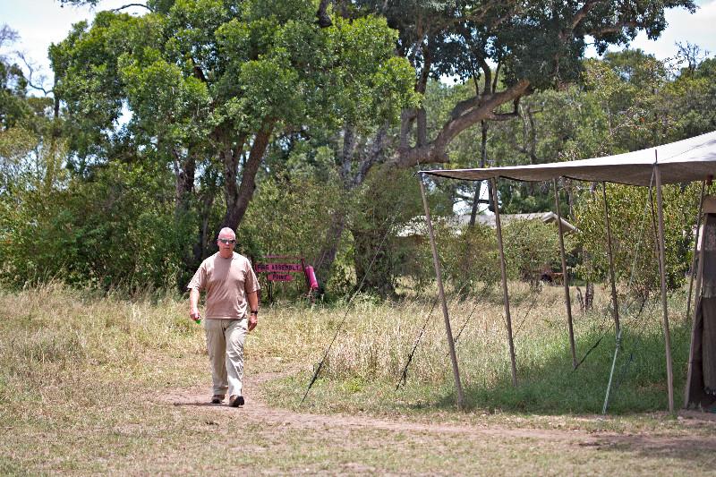 large_Serengeti_..ile_Camp_14.jpg