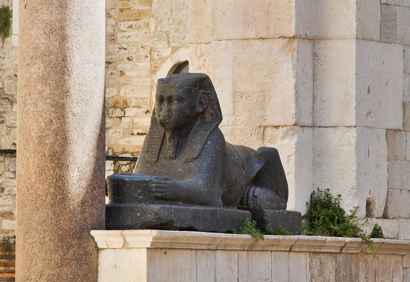 large_Sphinx_1.jpg