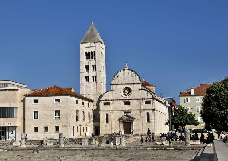large_St_Mary_s_Church.jpg