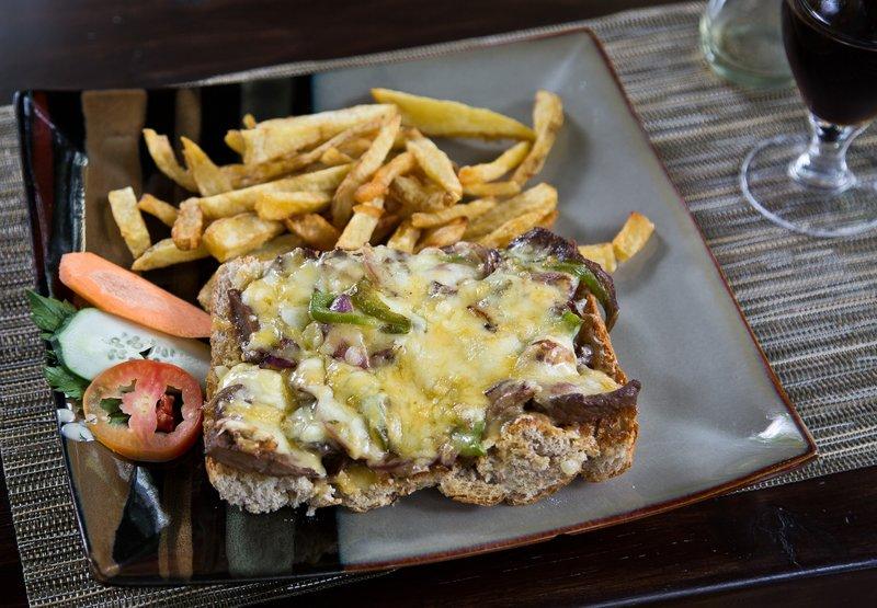 large_Steak_and_Cheese_Melt.jpg