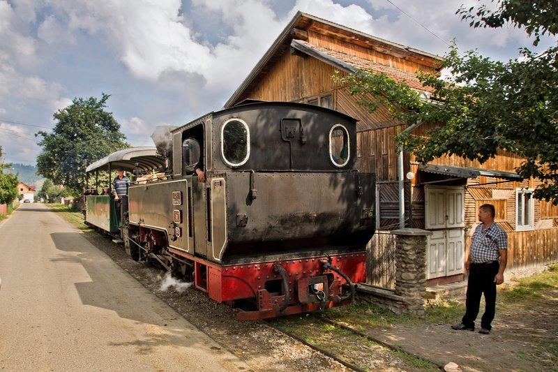 large_Steam_Train_5.jpg