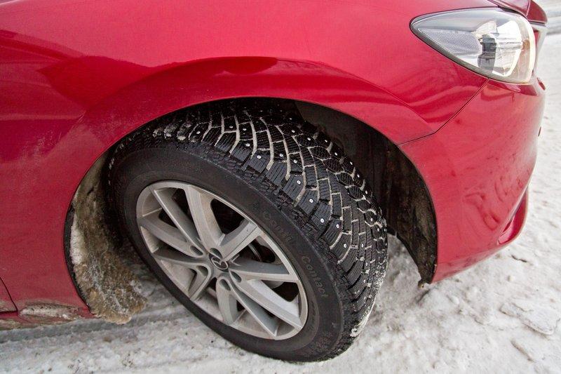 large_Strudded_Tyres_1.jpg
