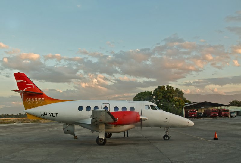 large_Sunrise_Airways_1.jpg