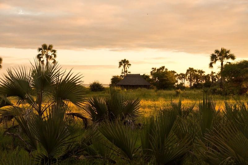 large_Sunrise_over_Maramboi_5.jpg
