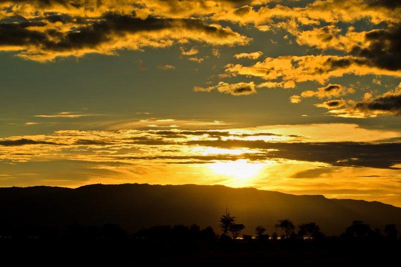 large_Sunset_near_Maramboi_2.jpg