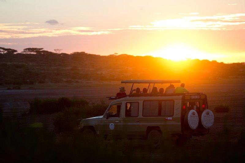large_Sunset_ove..e_Ndutu_7-1.jpg