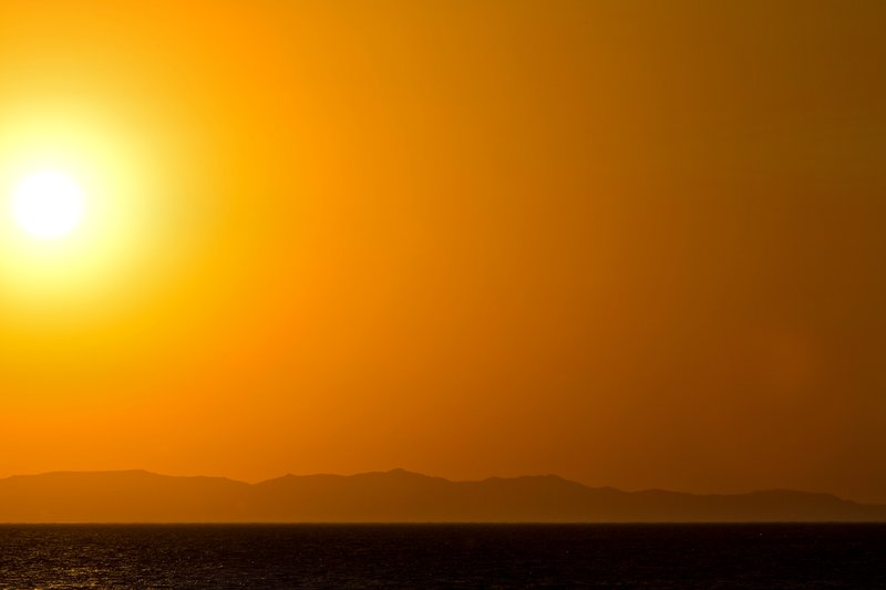 large_Sunset_ove..e_Turkana_8.jpg