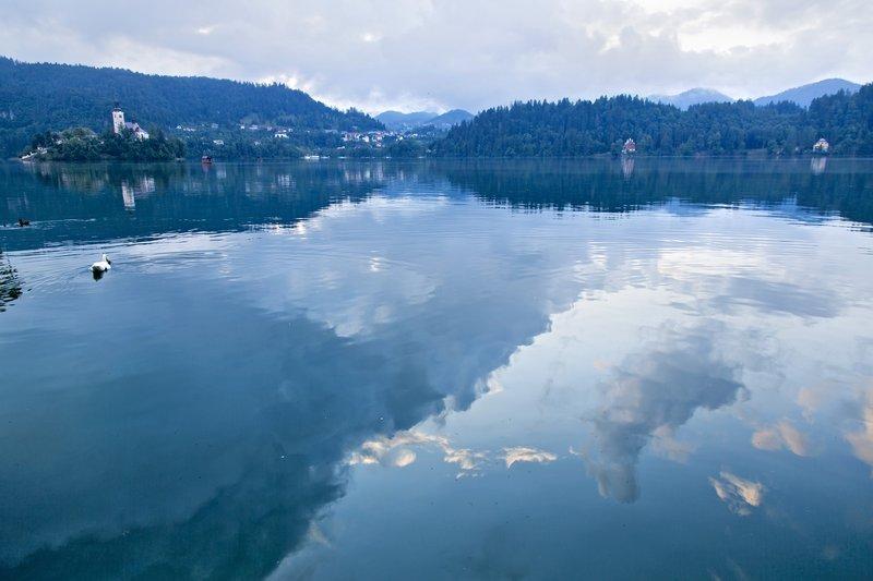 large_The_Blue_H..Lake_Bled_2.jpg